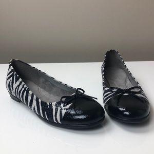 AEROSOLES Bectify Black & White Zebra Print Flats